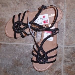 "Report Strappy Black ""Cutey"" Flat Sandals Buckled"